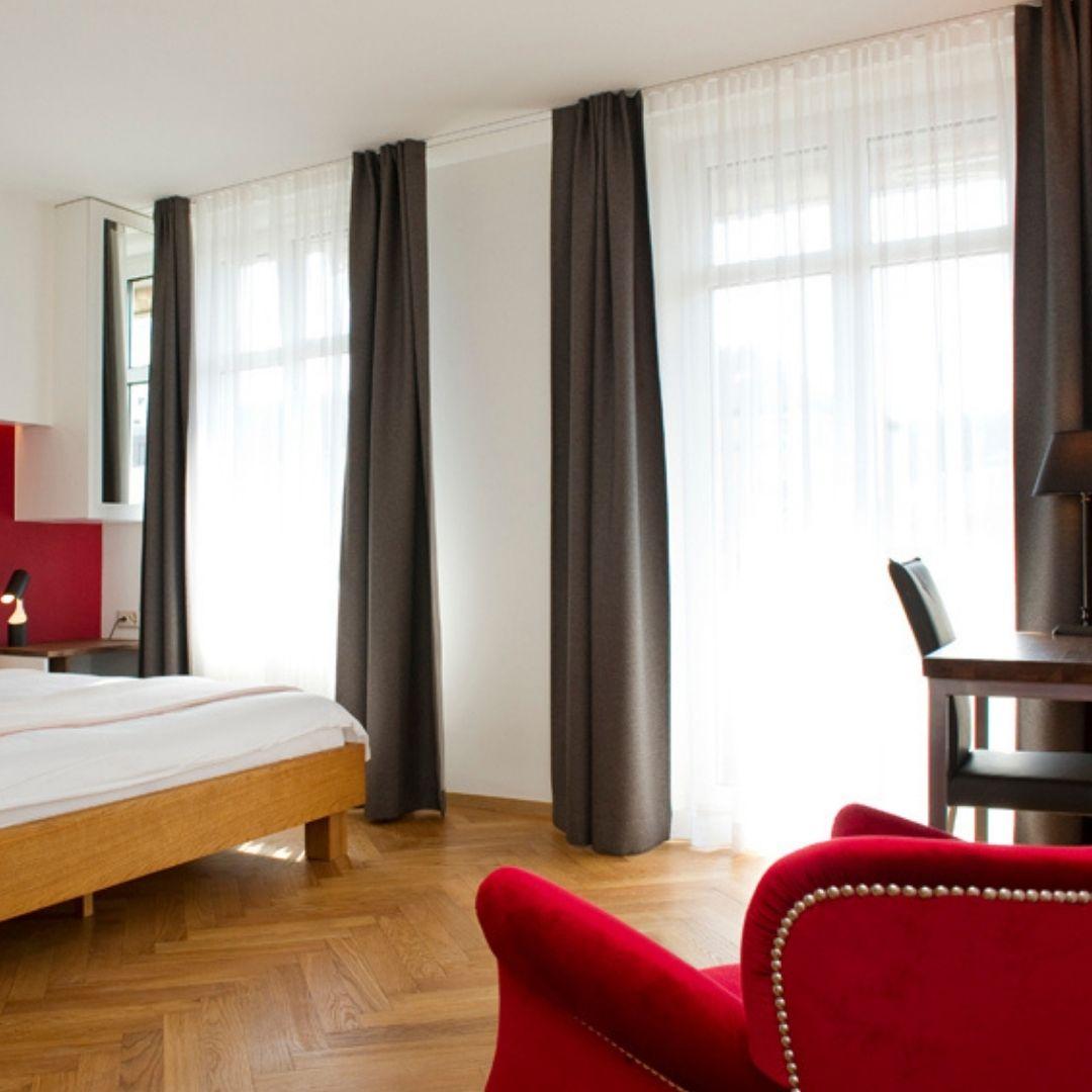 premium-balcony-room
