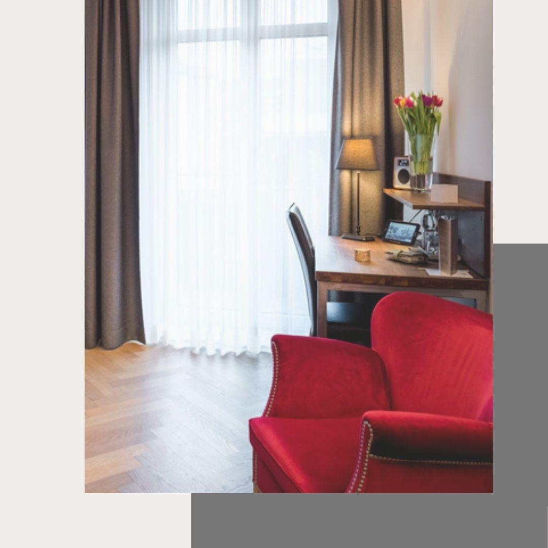 nimo-premium-balcony-room-chair