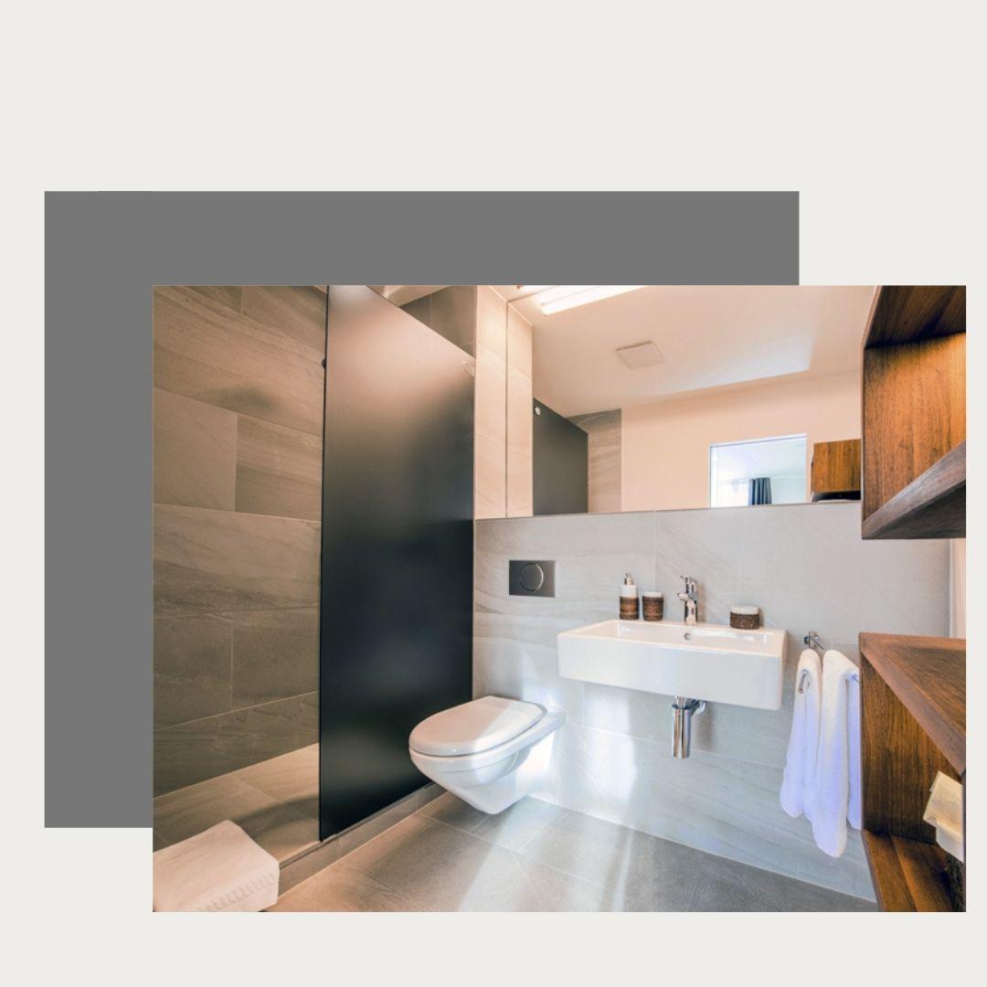 Bathroom Premium balcony room