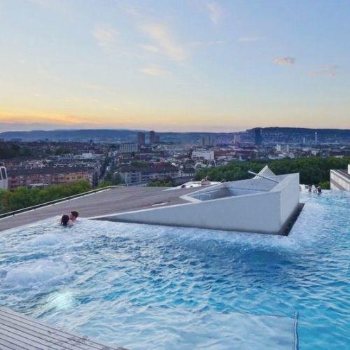 discover-zurich-thermal-bath